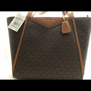 NWT Whitney small logo Tote Michael Kors Brown